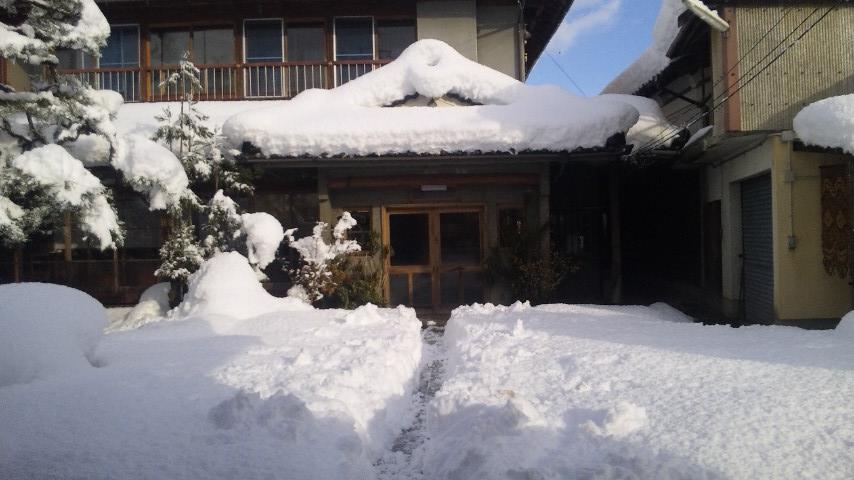 ゲストハウス藤原邸の雪景色